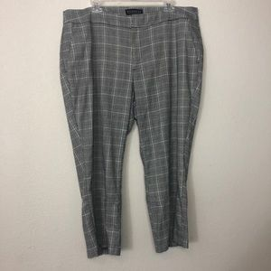 Eloquii | Plaid Cropped Slacks with Button Calves